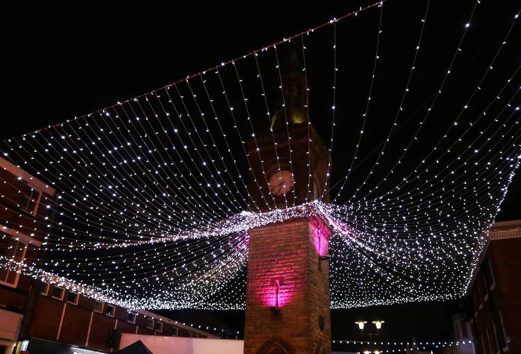 LIGHTING UP THE TOWN CENTRE FOR CHRISTMAS